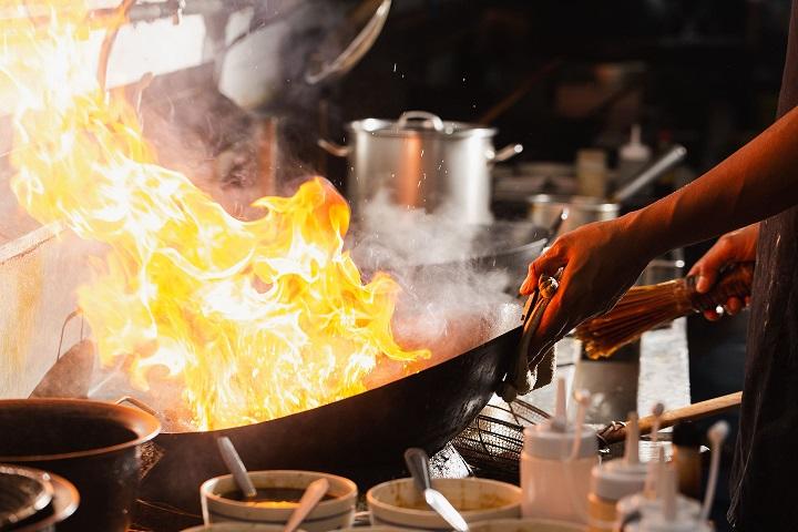 איך לנקות סיר שרוף